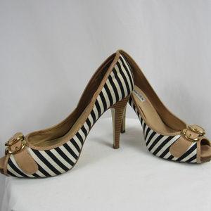 Steve Madden 6 Black White Striped Peep Toe Heels